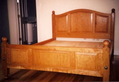 Cherry_Bed_with_curved_raised_panels
