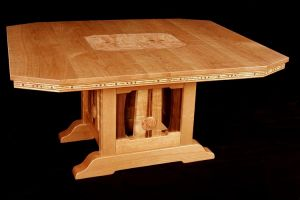 Greene_Green_Arts_Crafts_Dining_Table