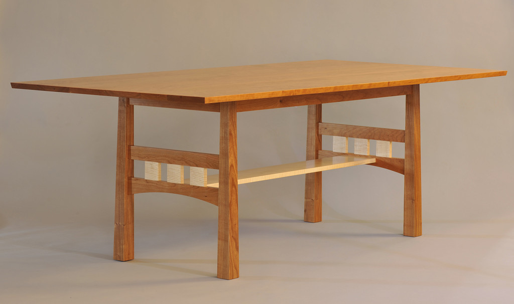 Pickwell Dining Table