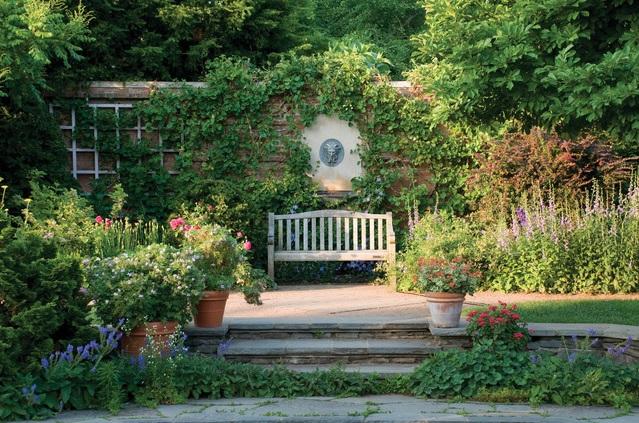 Chicago Garden Bench from Shackleton Thomas