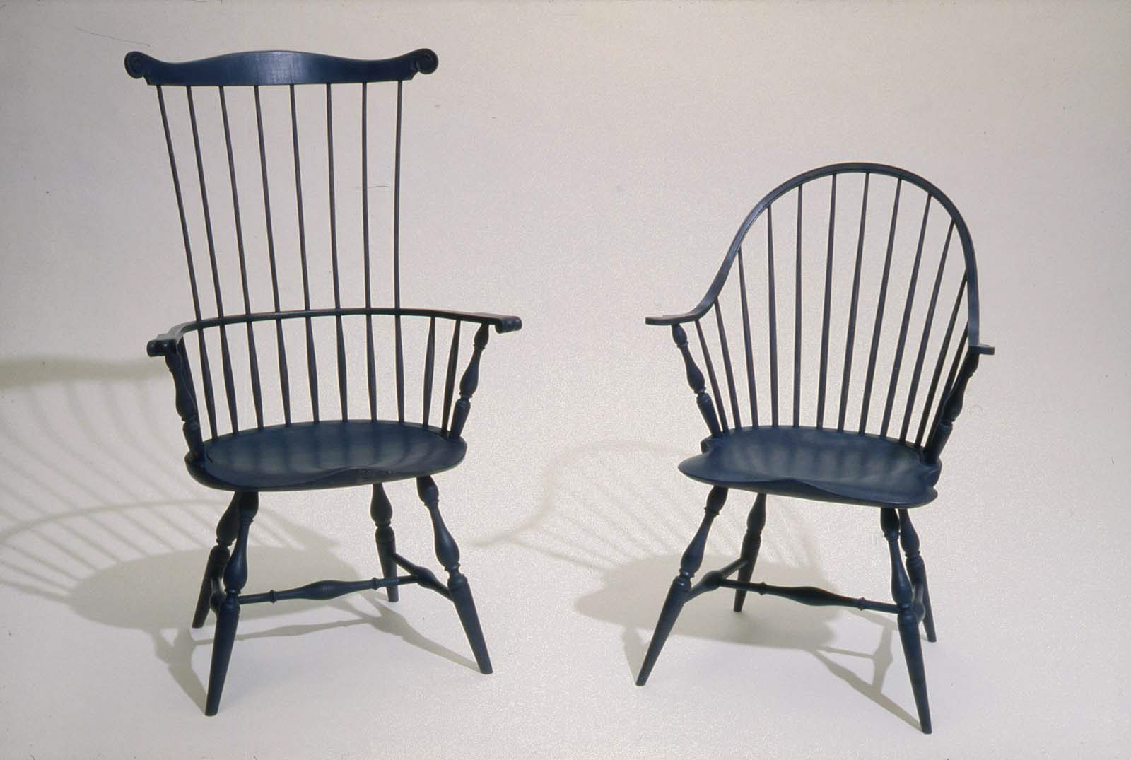 windsor and room auction dinning chairs wooden comfortable furniture chair antique as set table makers