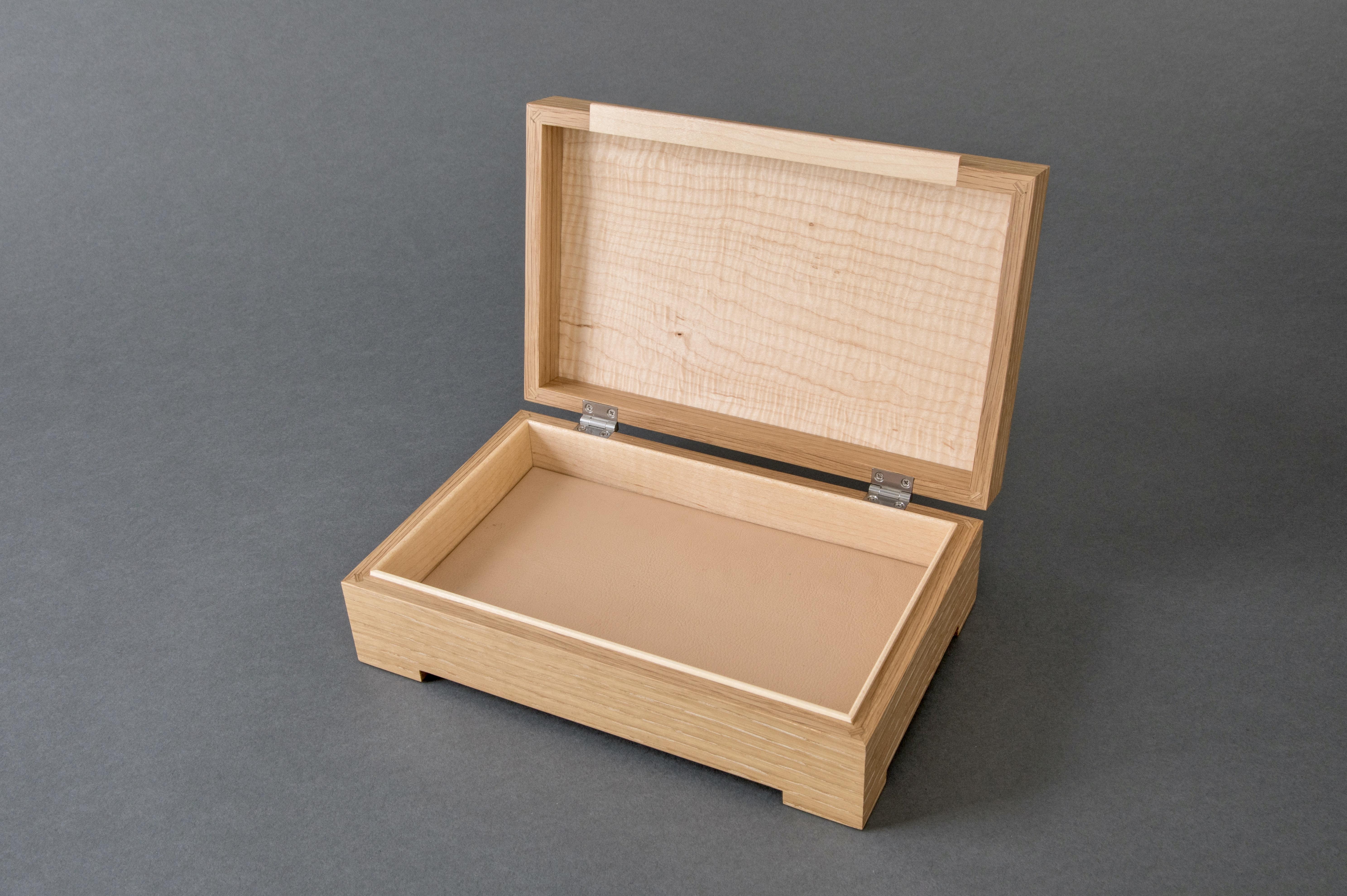 Oak and Maple Jewelry Box