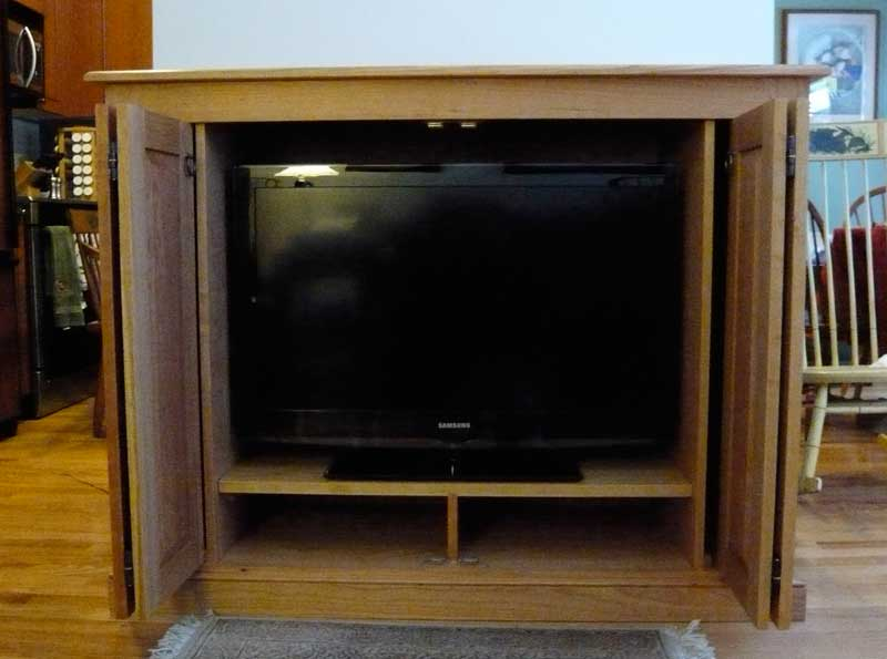 Cherry Shaker Style Entertainment Center Hawk Ridge