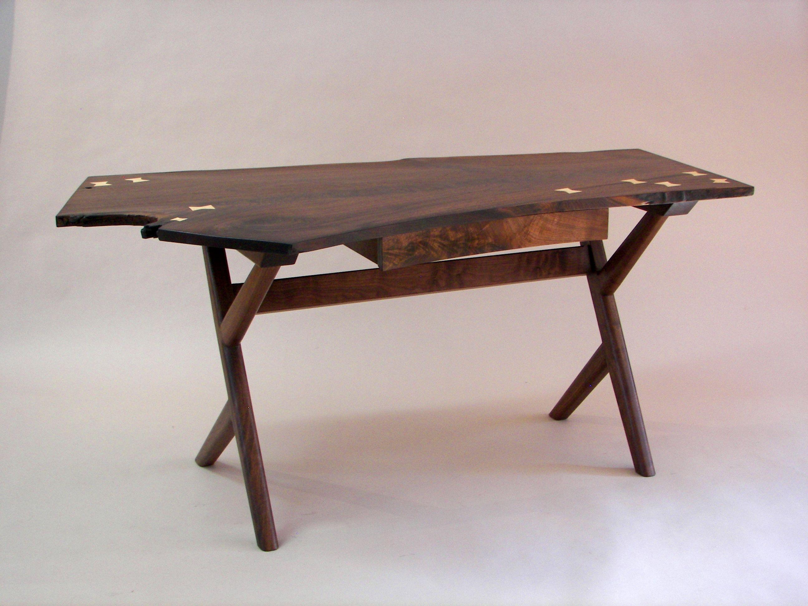 A Custom Desk by Gasperetti