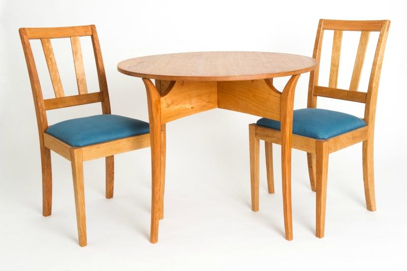 breen breakfast table